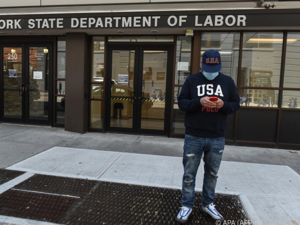 US-Arbeitslosenquote auf Höchststand | BR24