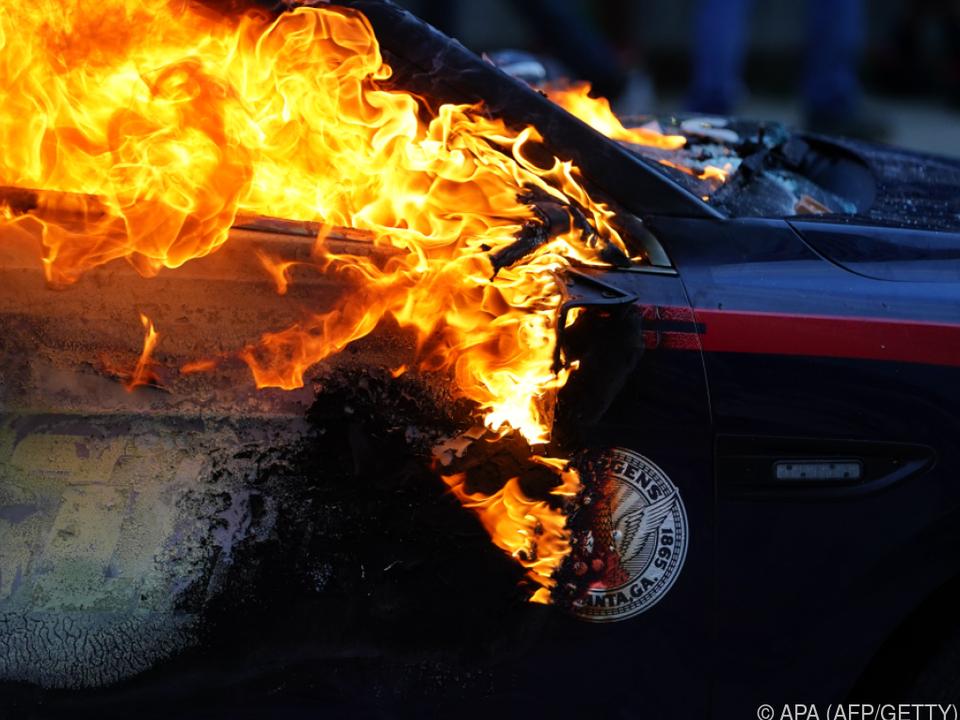 Wütende Proteste nach Tod eines Schwarzen bei brutalem Polizeieinsatz