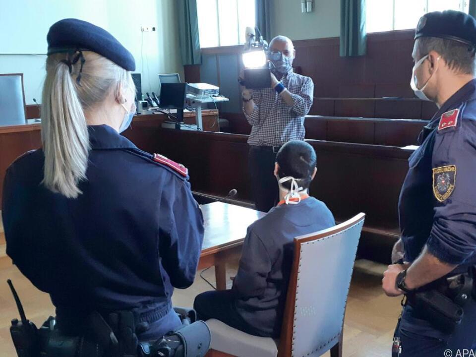Angeklagt wegen Mordes vorigen Sommer in Gloggnitz