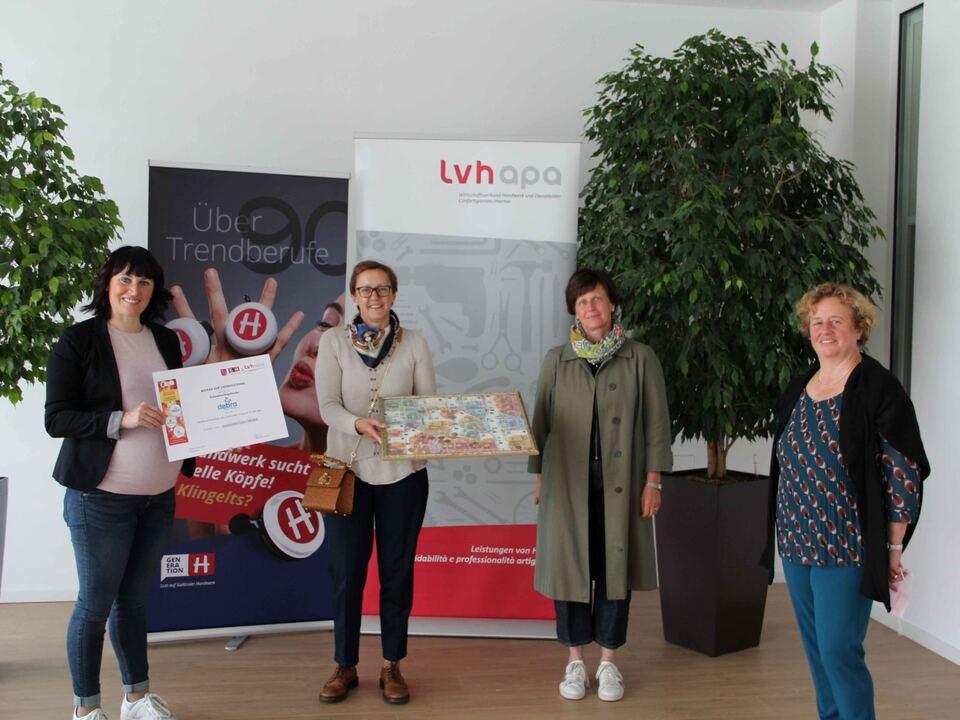 Bild 2_Sigrid Terleth, Isolde Mayr, Elisabeth Mayr und Monika Lardschneider_debra Südtirol-Alto Adige