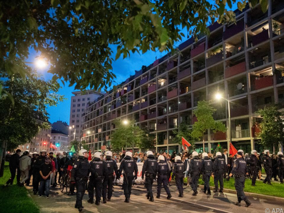 Demonstrationen schlugen in Gewalt um