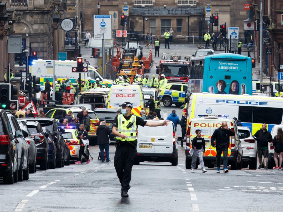 Die Behörden gehen weiter nicht von einem Terrorangriff aus
