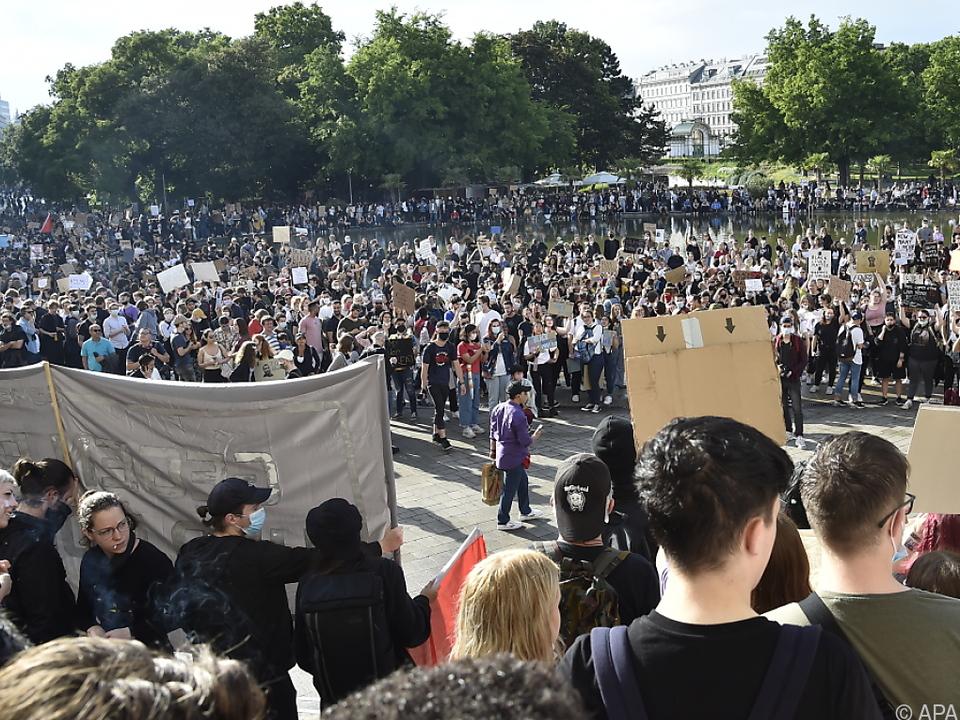 Die Kundgebung nahm riesige Ausmaße an