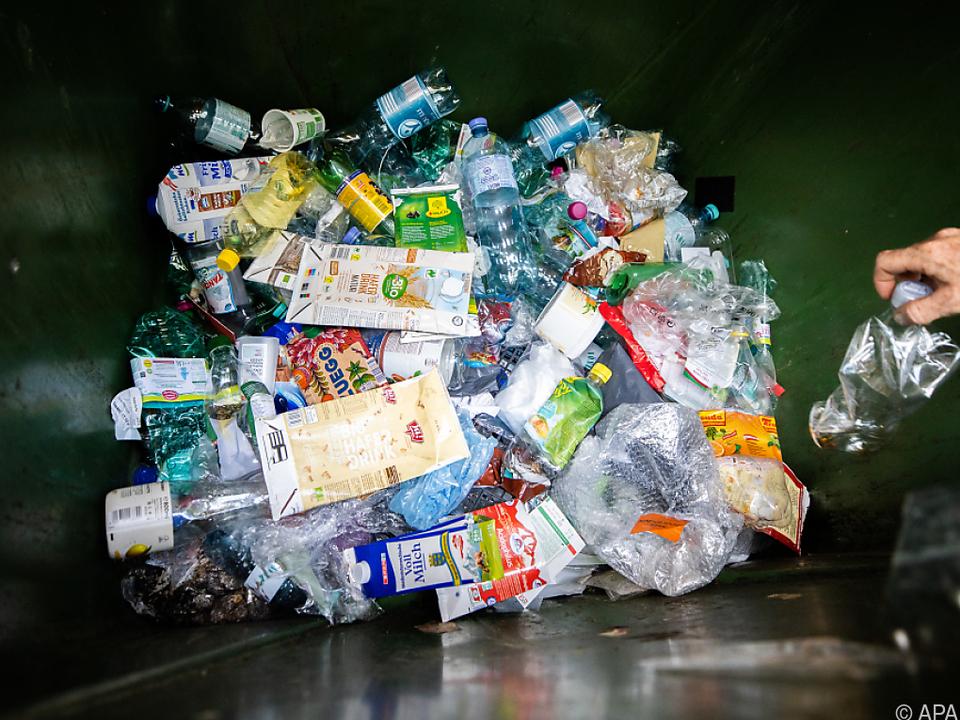 Die Rücklaufquote bei Plastikflaschen muss erhöht werden