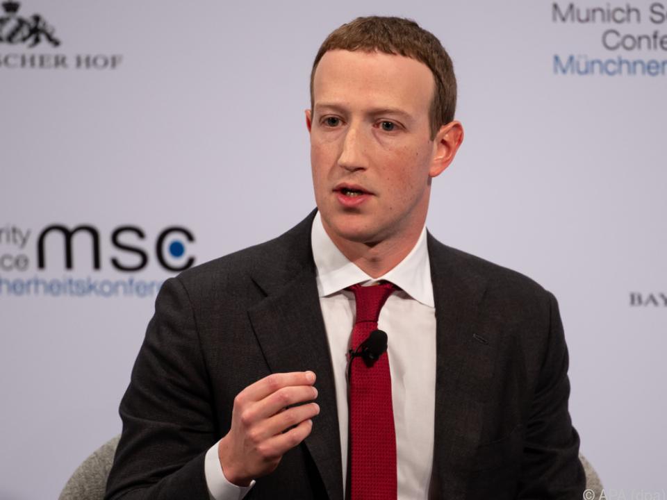 Facebook-Chef Zuckerberg will einlenken