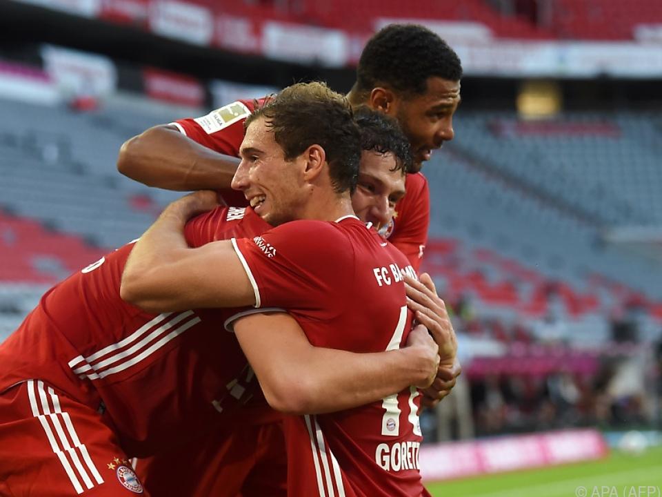 Große Freude bei den Spielern der Münchner
