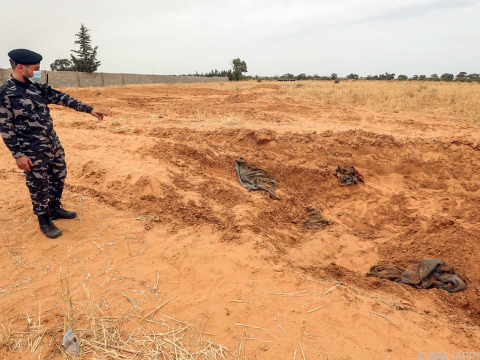 In Tarhuna wurden acht Massengräber entdeckt