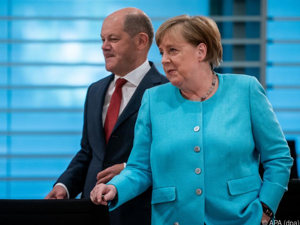 Merkel und Scholz bei Kabinettsitzung