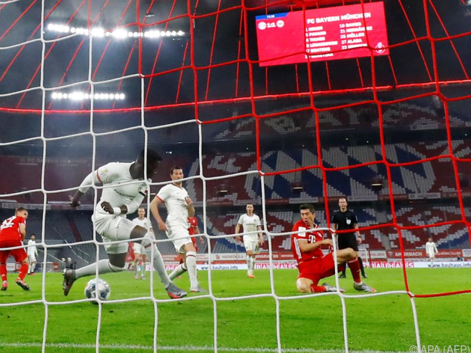 Robert Lewandowski traf zum 2:1 für Bayern München
