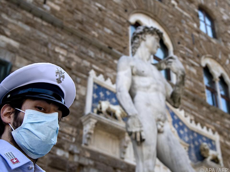 Schätze wie Michelangelos David dürfen wieder bewundert werden