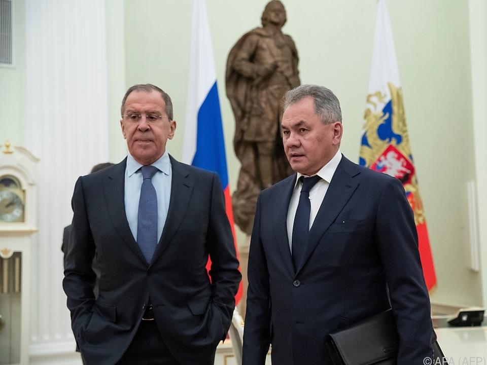 Sergej Lawrow und Sergej Schoigu vertreten Moskau