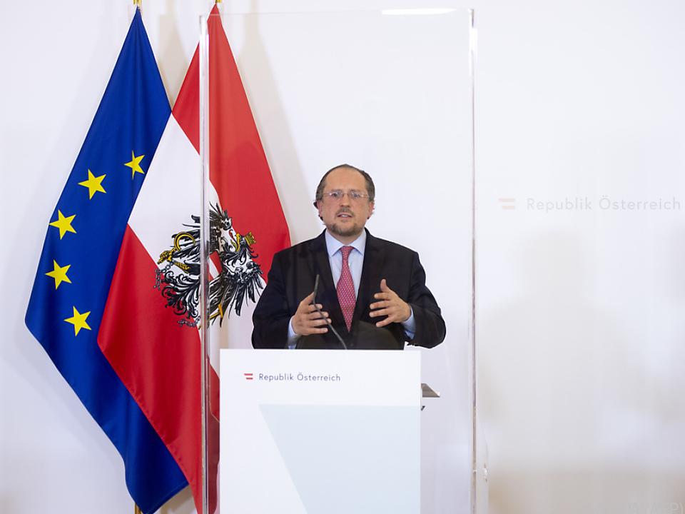 Sloweniens Außenminister lädt Schallenberg ein