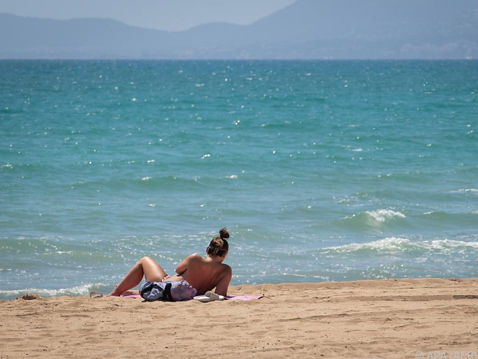 Spaniens Strände warten auf Touristen