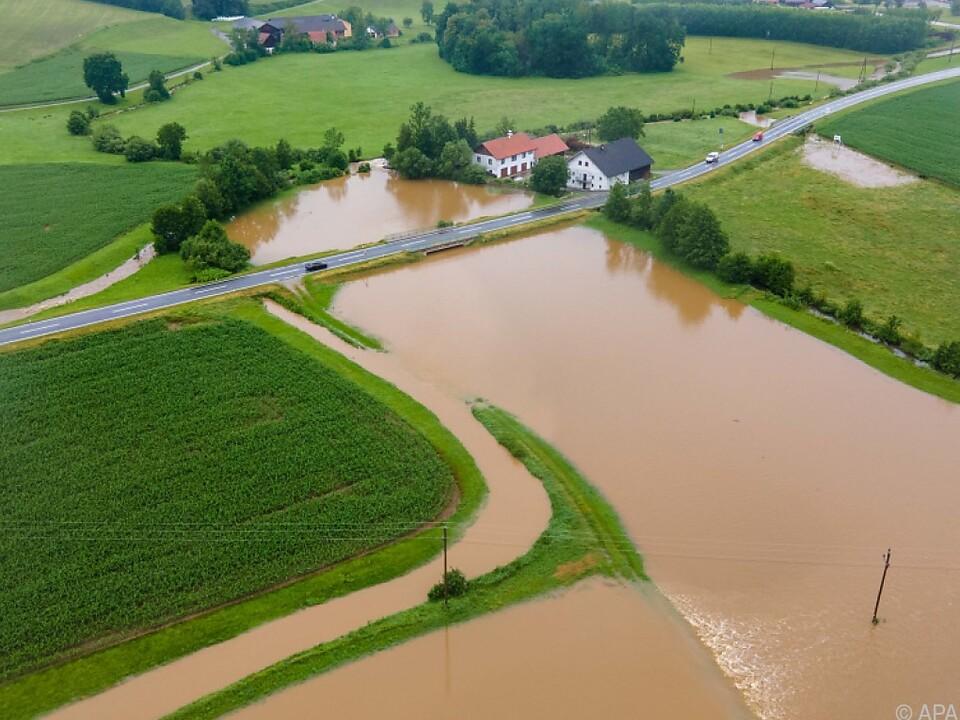 Starkregen sorgte für Überschwemmungen