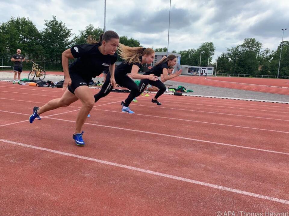 Vanessa Herzog im Training in Heerenveen