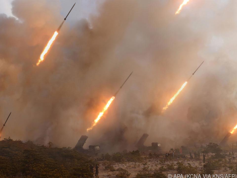 Verhandlungen gegen atomares Wettrüsten