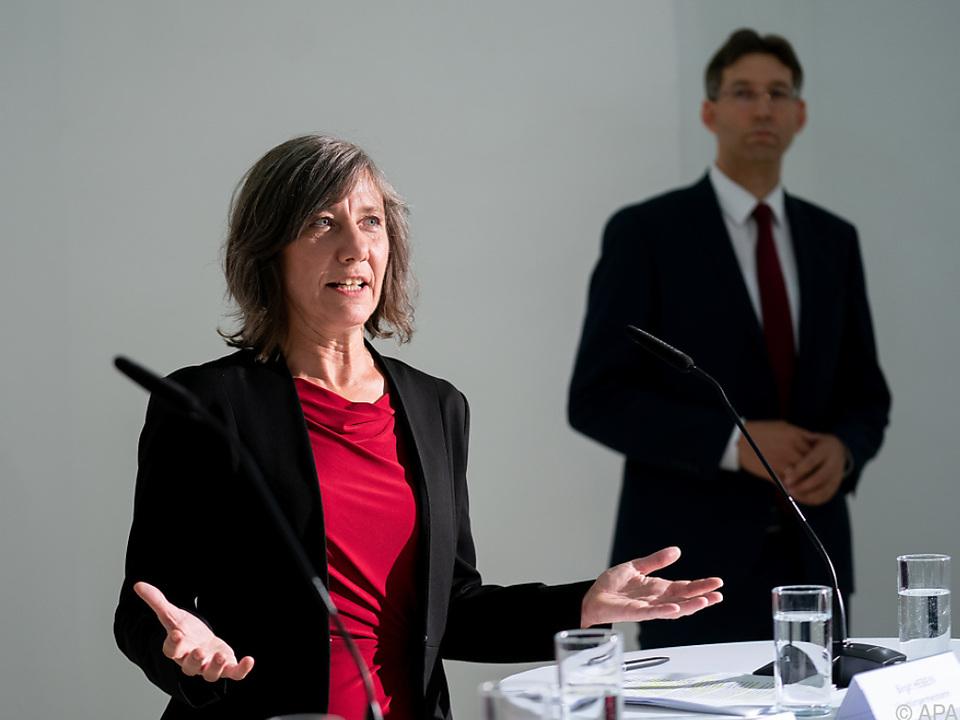 Vizebürgermeisterin Birgit Hebein und Bezirksvorsteher Markus Figl