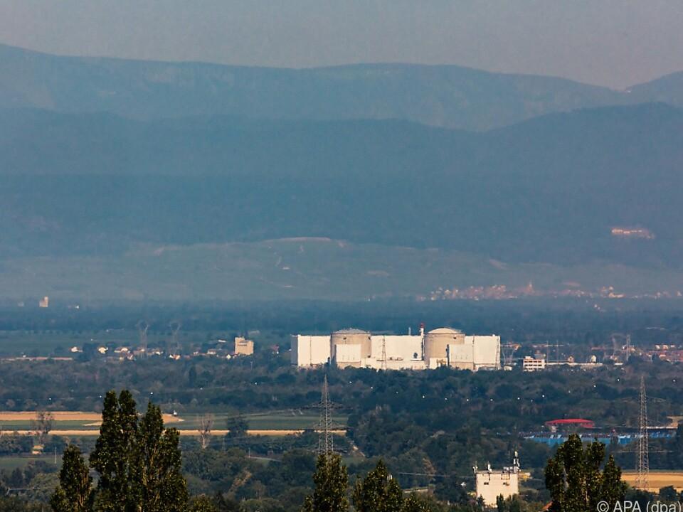 Zweiter Reaktor des AKW Fessenheim vom Netz