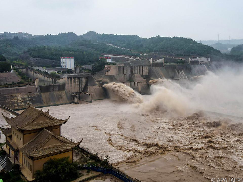 Am Drei-Schluchten-Staudamm wurden drei Sperren geöffnet