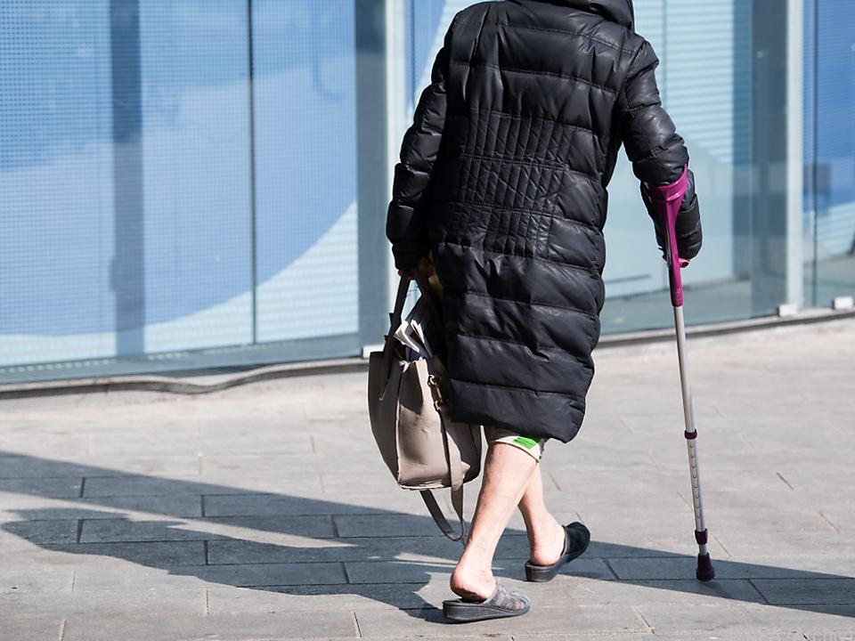 Auswirkungen der Covid-19-Maßnahmen auf Ältere wurden erhoben