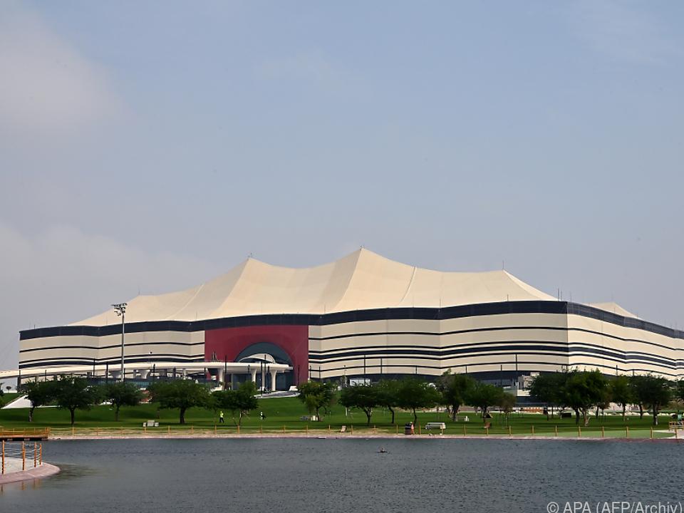 Das Eröffnungsspiel findet im Al-Bayt-Stadionstatt