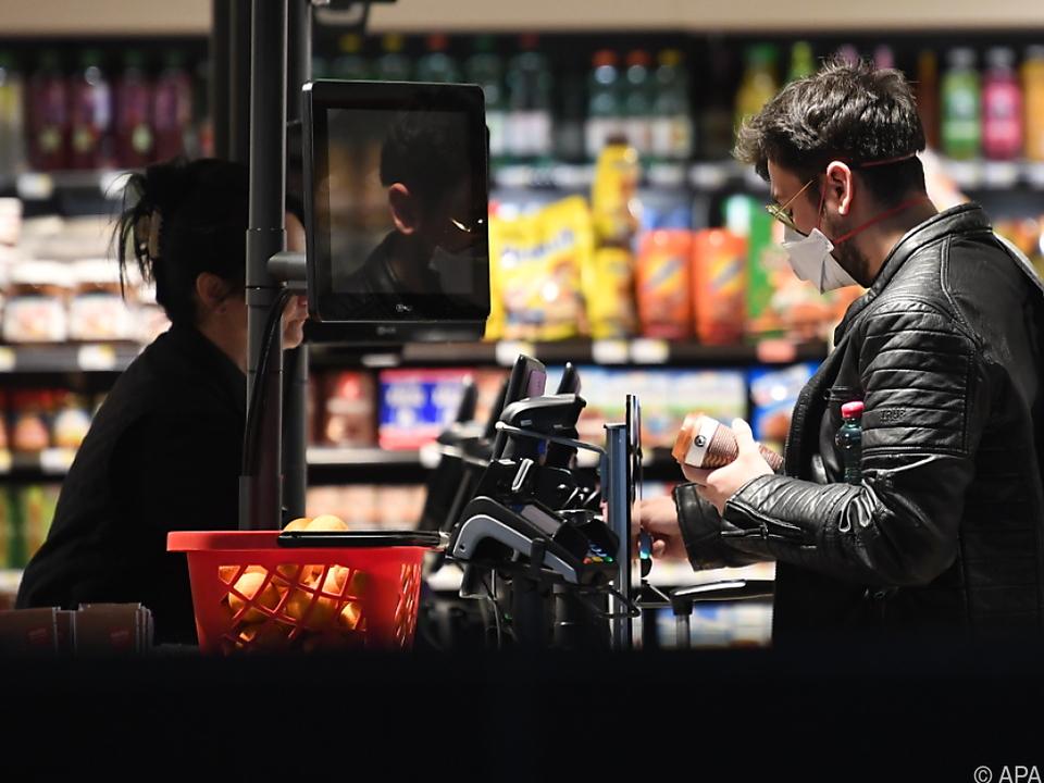 Die Helden der Krise supermarkt corona
