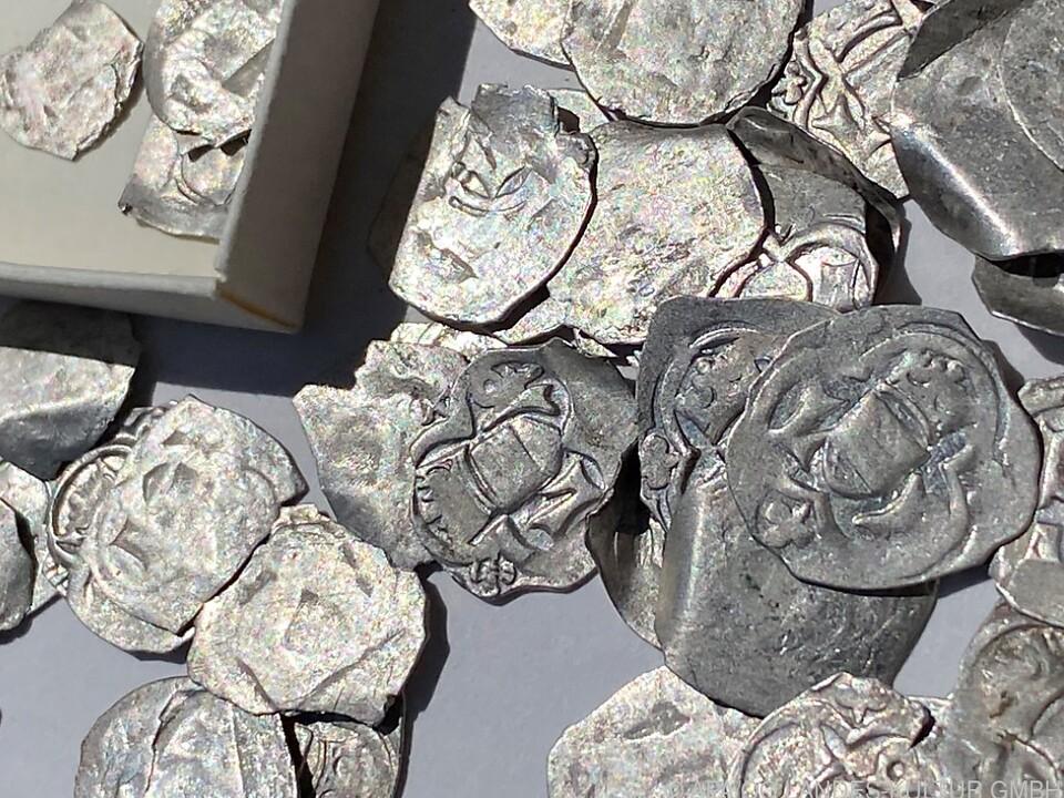 Die Münzen stammen aus dem 15. Jahrhundert