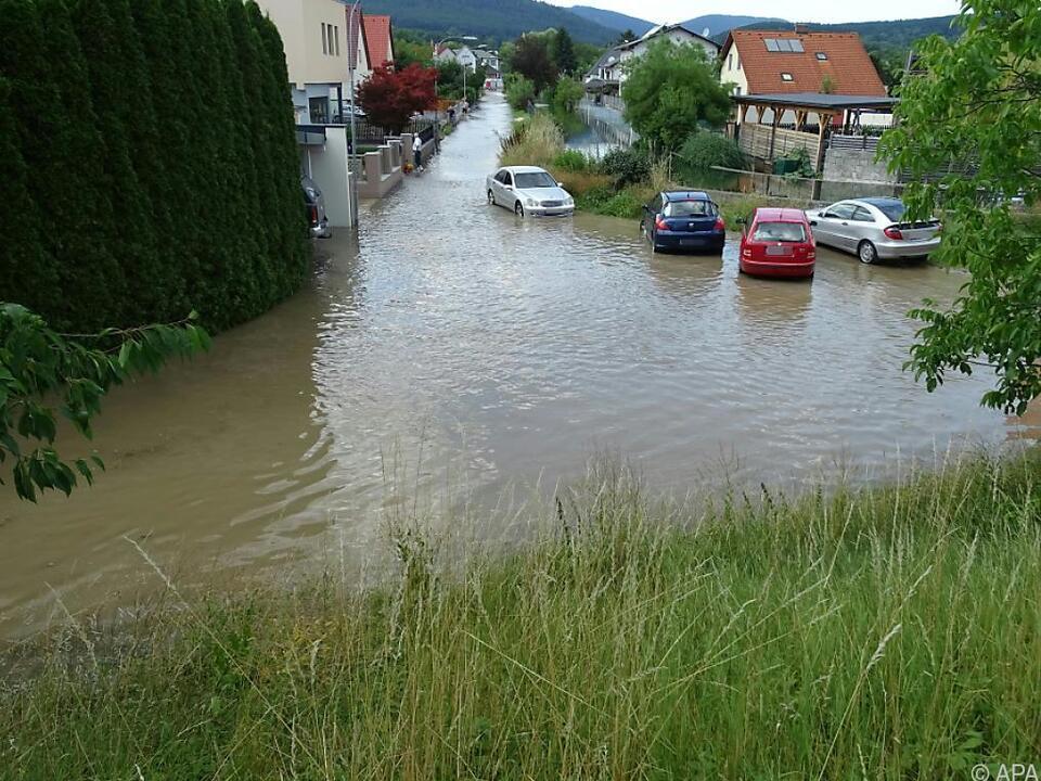 Die Unwetter führten - wie hier in Neunkirchen - zu Überschwemmungen