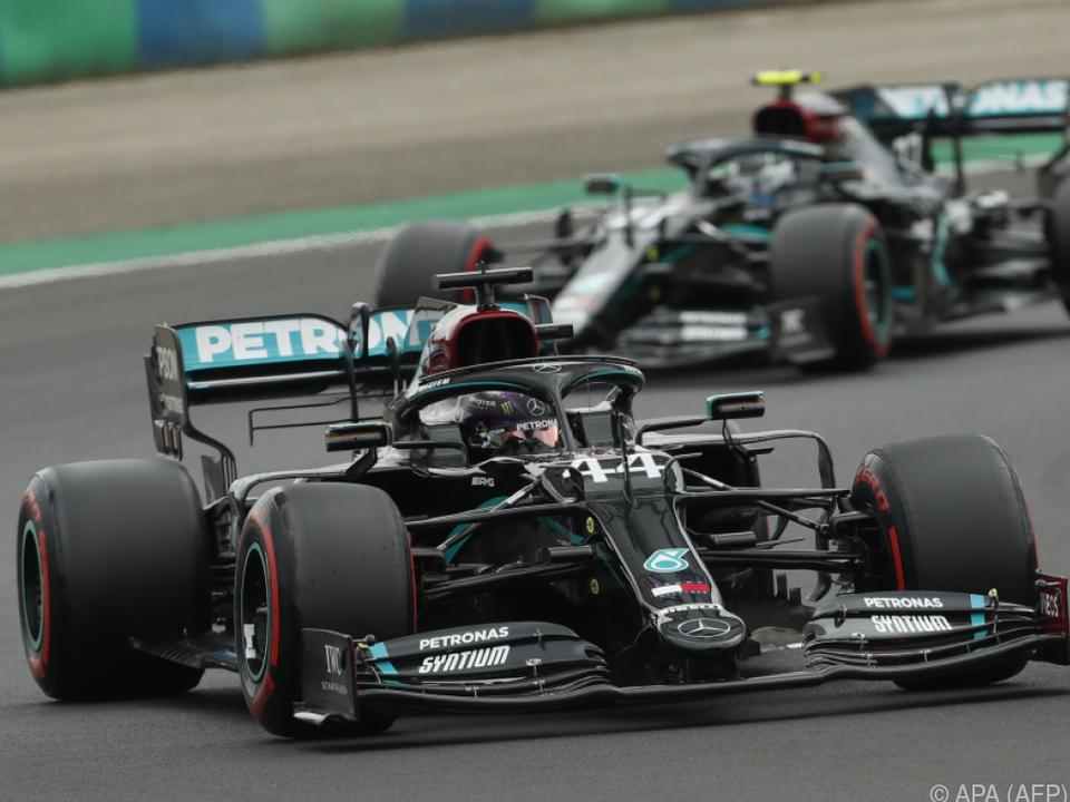 Hamilton holte sich vor Teamkollegen Bottas die Pole Position
