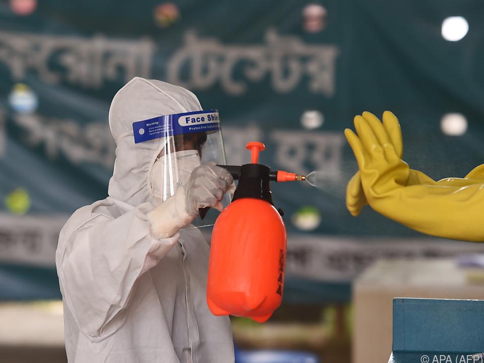 Immer mehr Coronavirus-Ansteckungen weltweit