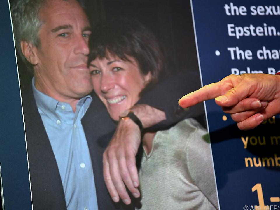 In den Unterlagen geht es häufig um Epsteins Ex-Partnerin Maxwell