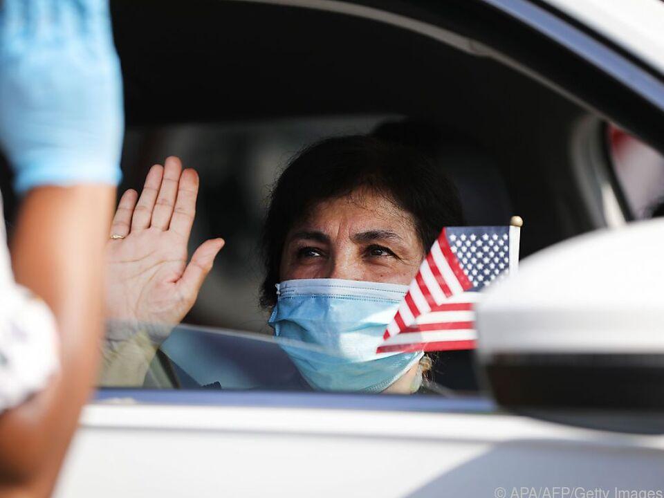 Maskenpflicht auch bei Einbürgerungszeremonien in den USA
