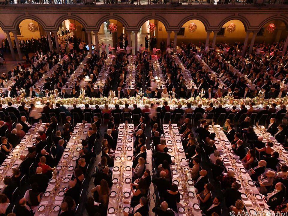 Normalerweise nehmen mehr als 1.000 geladene Gäste an dem Fest teil