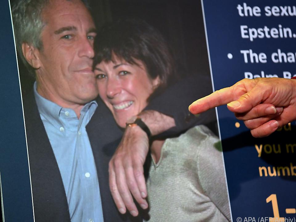 Schwere Vorwürfe auch gegen Epsteins Vertraute Ghislaine Maxwell