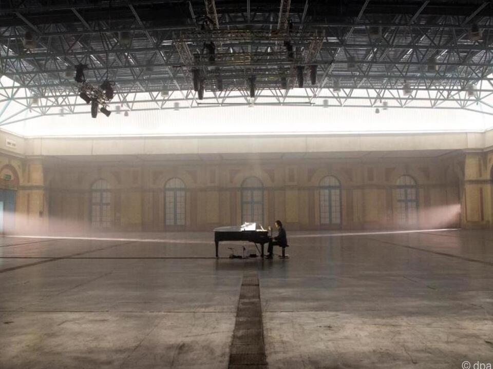 Solo am Piano: Nick Cave im Londoner Alexandra Palace
