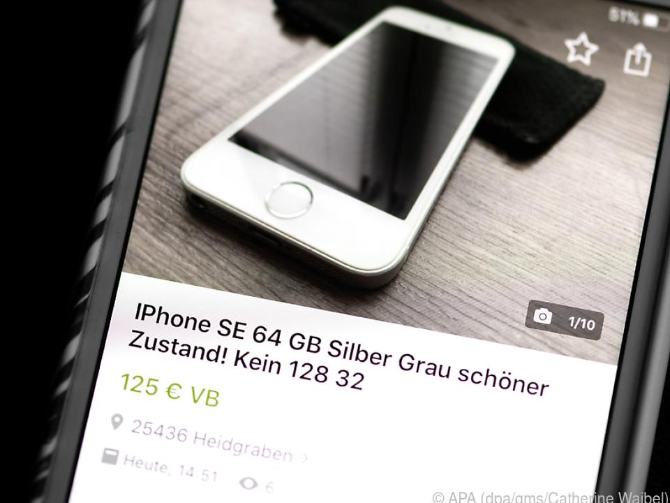Über Portale wie Ebay Kleinanzeigen kann man das alte Smartphone anbieten