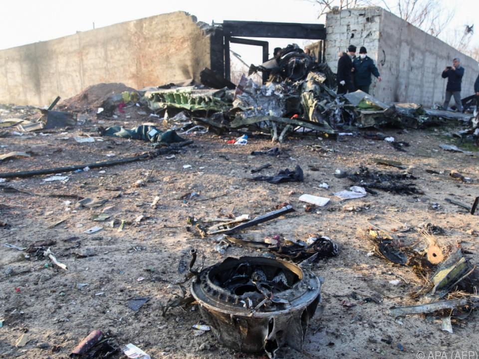 Überreste des am 8. Jänner abgeschossenen ukrainischen Flugzeugs