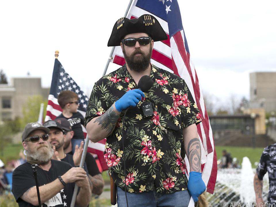 Vertreter einer rechtsextremen Gruppe in den USA