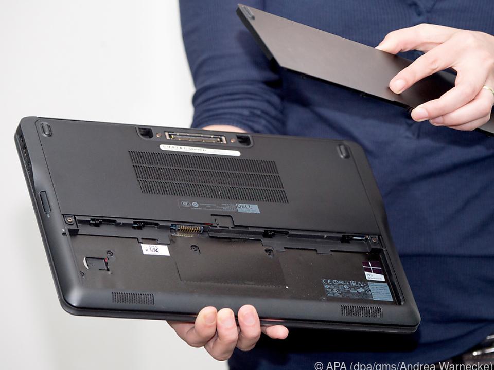 Bei gebrauchten Laptops sollte man die Laufzeit des Akkus prüfen