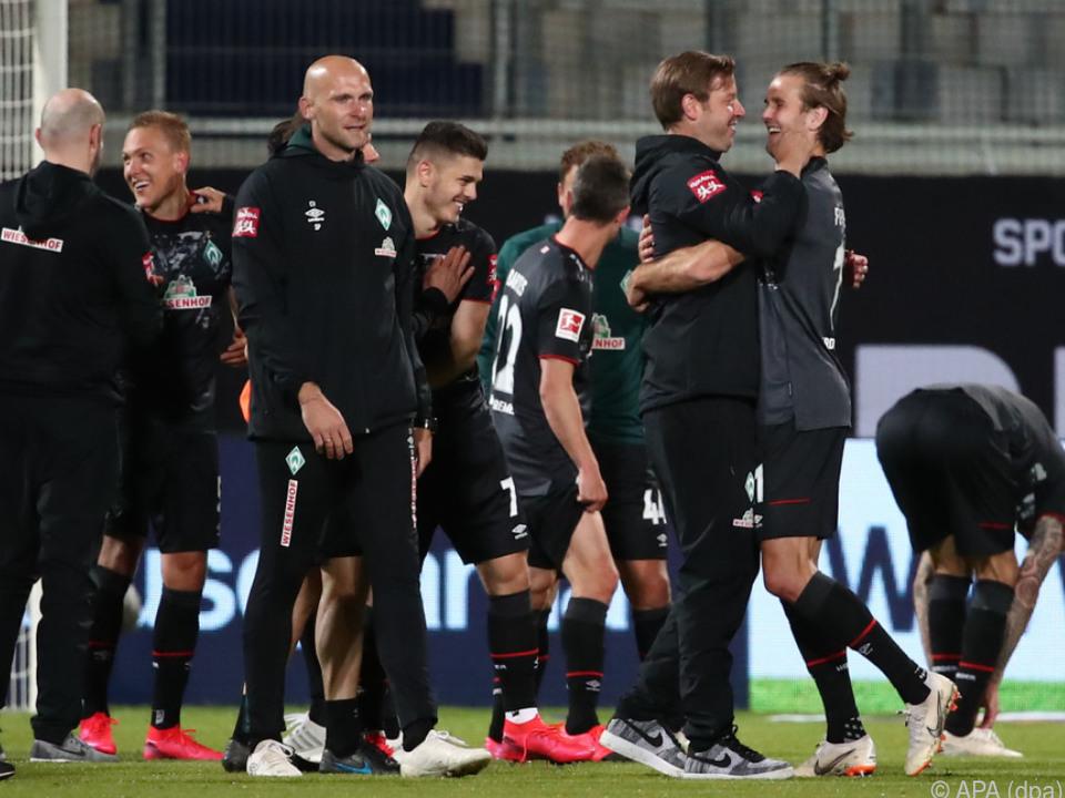 Werder Bremen bleibt erstklassig