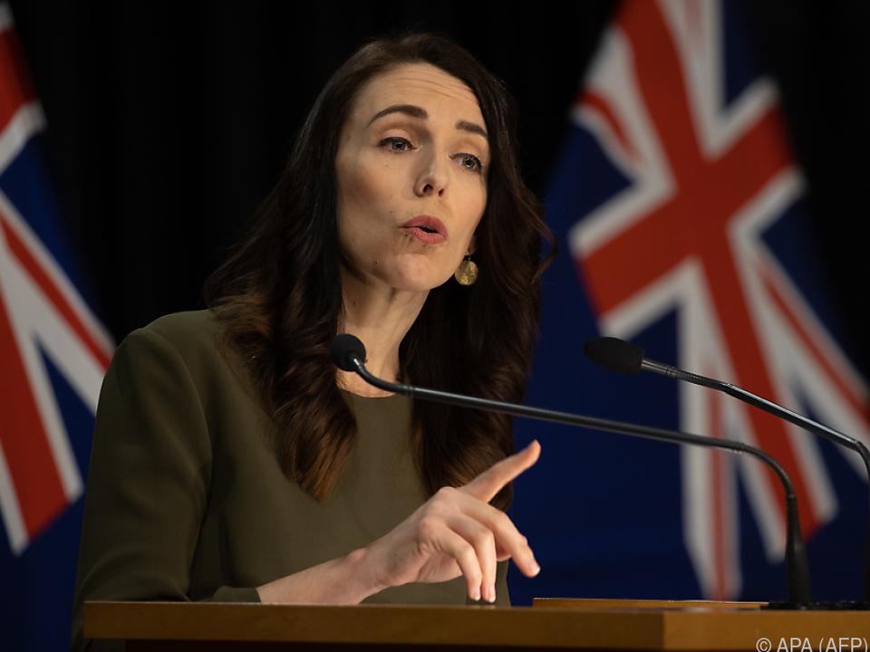Ardern will Wahlkommission mehr Zeit verschaffen