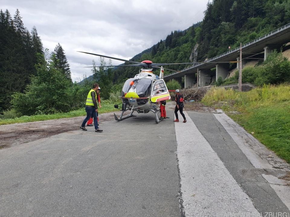 Auch ein Hubschrauber war im Einsatz