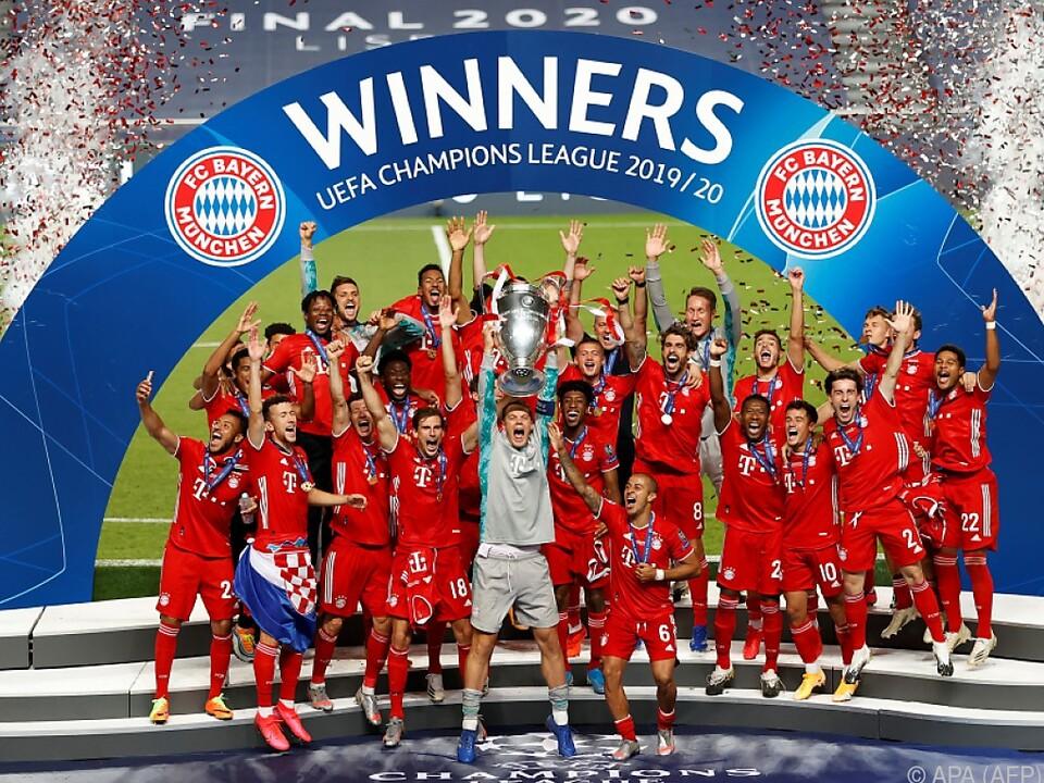 Bayern München holt sich den Henkel-Pott