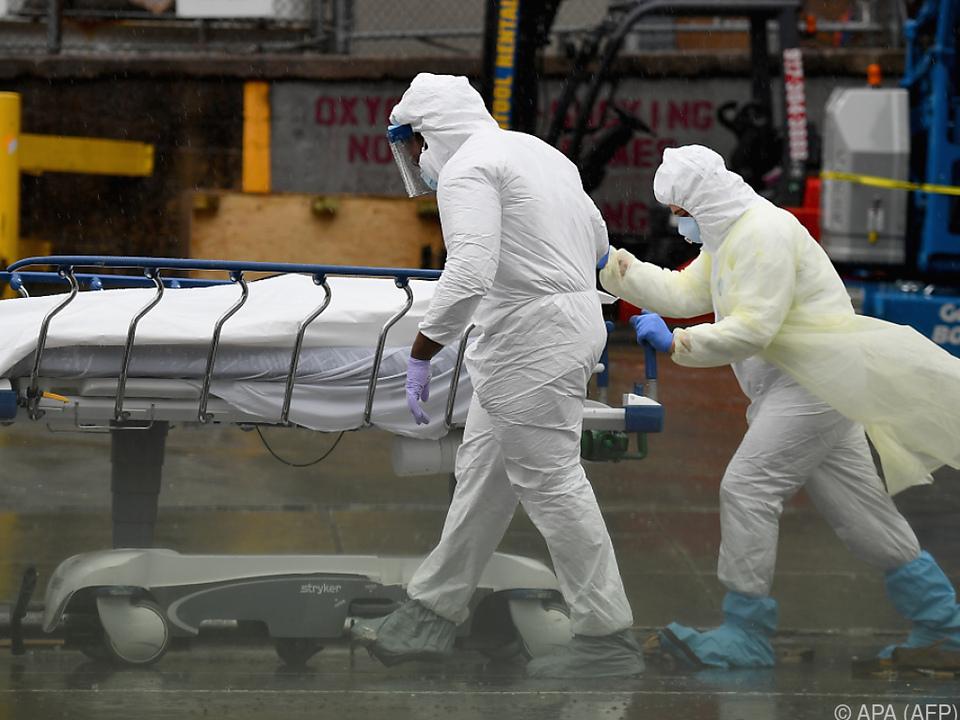 Bisher gab es rund 160.000 Corona-Todesfälle in den USA