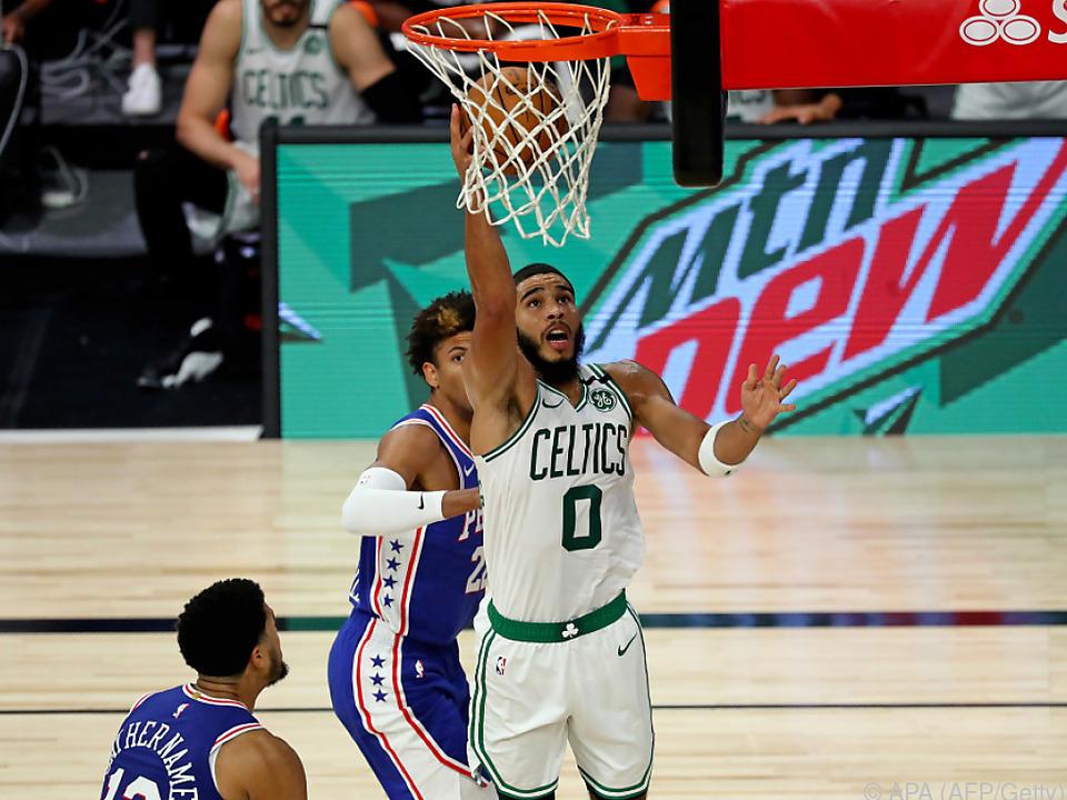 Boston gewann auch das dritte Spiel der Serie gegen die Philadelphia 76ers