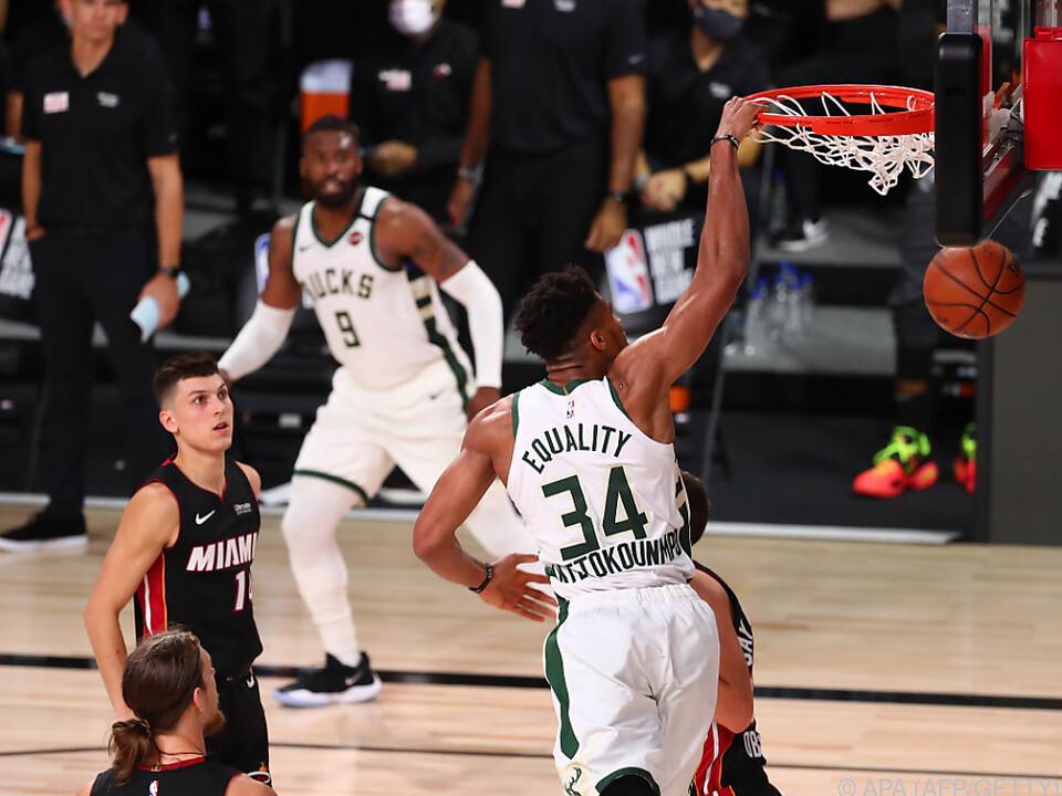Das Team um Antetokounmpo besiegte die Miami Heat mit 130:116