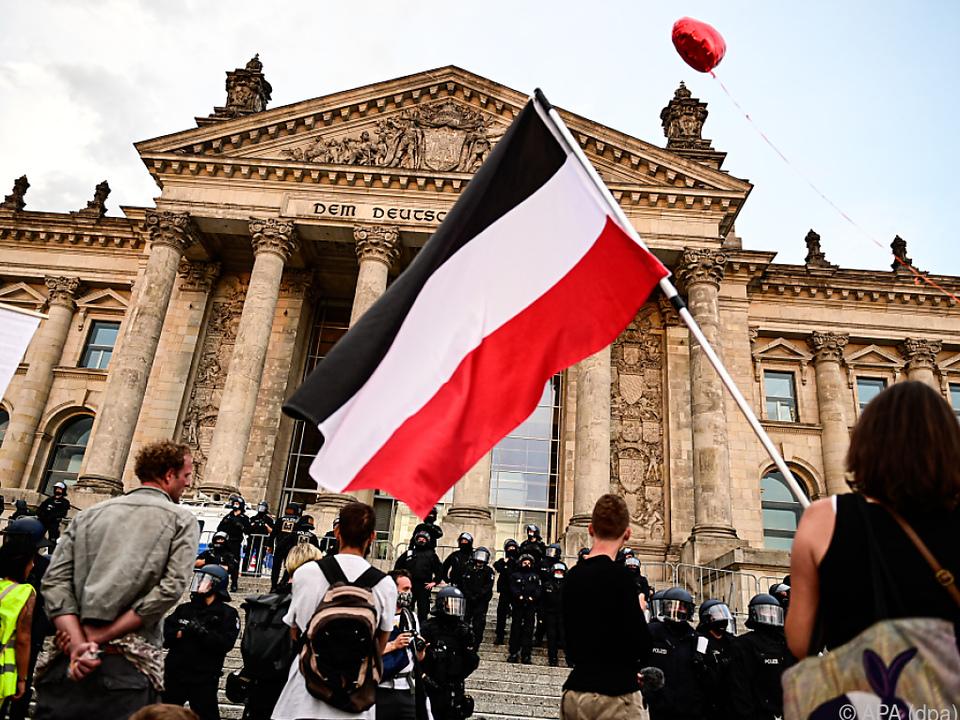 Demonstranten waren auf die Reichstagstreppe gestürmt