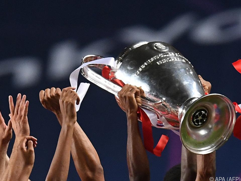 Der Pokal wanderte wieder in die Hauptstadt Bayerns