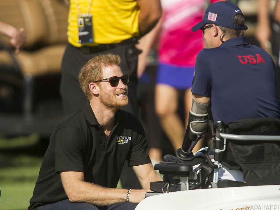 Der Prinz unterstützt Menschen mit Behinderungen