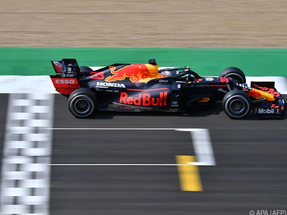 Der Red-Bull-Pilot triumphiert zum 70-Jahr-Jubiläum in Silverstone
